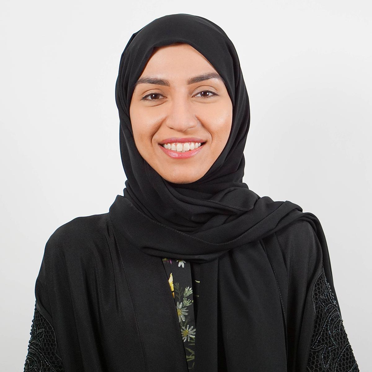 عائشة أحمد اليوسف