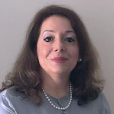 كريستينا ماكالي، دكتوراه